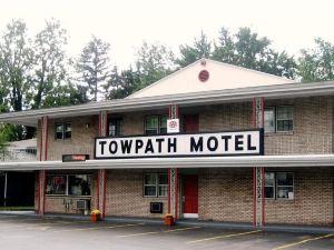 托派斯汽車旅館(Towpath Motel)