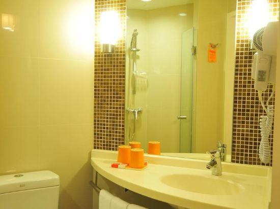 芭堤雅宜必思酒店(Ibis Pattaya)標準大床房