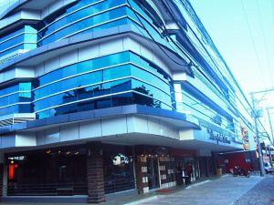 達沃都市套房酒店(The Metropolis Suites Davao)