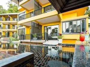 考拉克莫拉斯度假村(Moracea by Khaolak Resort)