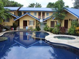 巴拉望藍色瀉湖酒套房酒店(Blue Lagoon Inn & Suites Palawan)