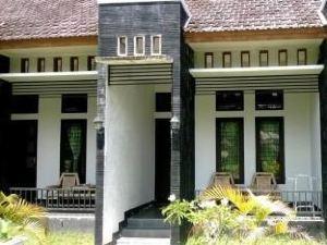 夢幻庫塔龍目島民宿(Heavenly Homestay Kuta Lombok)