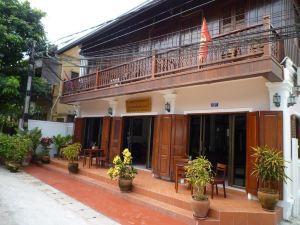 塞南坎哇儂別墅(Saynamkhan Wat Nong Villa)