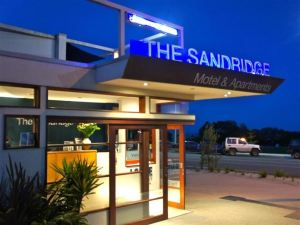 桑德里奇汽車旅館(The Sandridge Motel)