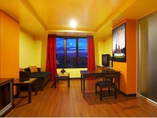 曼谷查達酒店(Bangkok Cha-Da Hotel)精緻套房