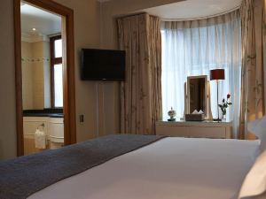 倫敦白馬騎士酒店(Cheval Knightsbridge Apartments London)