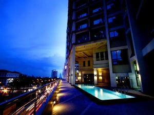 文華大酒店(Mandarin Plaza Hotel)