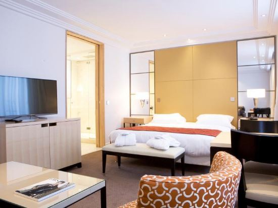 巴黎卡斯蒂尼奧那酒店(Hotel de Castiglione Paris)至尊三人房