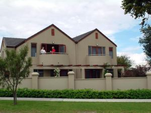 陶波航海者公寓(Voyager Apartments Taupo)