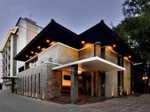 塞雷拉默迪卡酒店(Serela Merdeka)
