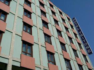 特里同酒店(Hotel Tritone)