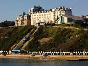 伯恩矛斯海克利夫萬豪酒店(Bournemouth Highcliff Marriott Hotel)