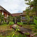 桑蒂別墅酒店(Villa Santi Resort & Spa)