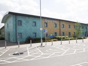 科巴姆戴斯酒店(Days Inn Cobham)