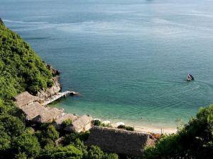 猴子島度假酒店(Monkey Island Resort)