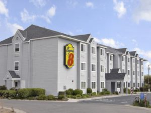 薩克拉門托機場速8酒店(Super 8 Hotel - Sacramento Airport)