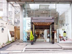 People's Inn花小路(People's Inn Hanakomichi)