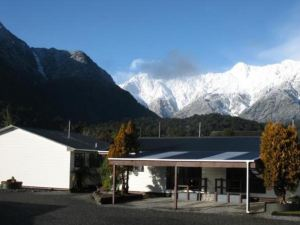 馬西森湖汽車旅館(Lake Matheson Motel)