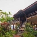 萬榮占城老別墅酒店(Champa Lao Bungalow)
