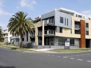 高威斯奢華海灘公寓-菲利普島(Cowes Luxury Beachfront Apartment - Phillip Island)