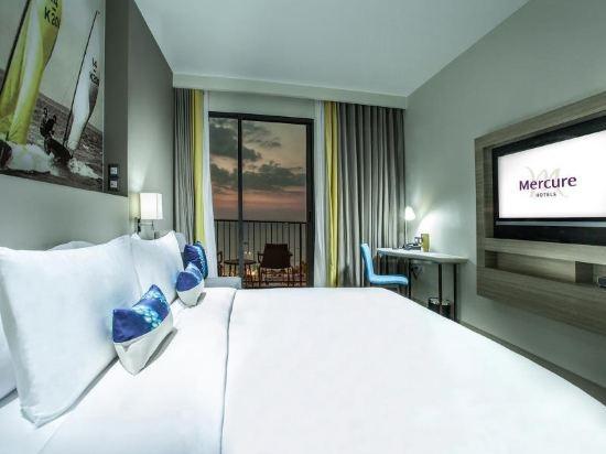 芭堤雅海洋度假美居酒店(Mercure Pattaya Ocean Resort)海景高級特大床房