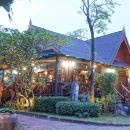 班伯伊倉度假村(Baan Baitan Resort)