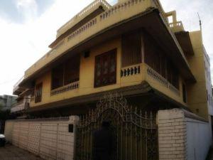 菠羅奈斯站酒店(Stops Hostel Varanasi)