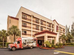 邁阿密機場紅屋頂加酒店(Red Roof PLUS Miami Airport)