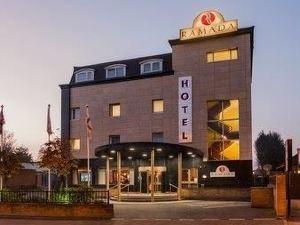 倫敦華美達賴斯利普酒店(原戴斯酒店南賴斯利普)(Ramada London Ruislip (Formerly Days Hotel South Ruislip))