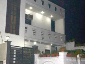 桑斯克里提家庭旅館(Sanskriti Home Stay)