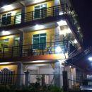 阿拉納斯卡里略旅游旅館(Aranas-Carillo Travellers Inn)