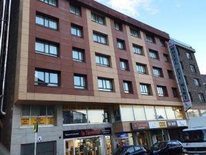 匹克馬里酒店(Hotel Pic Mari)