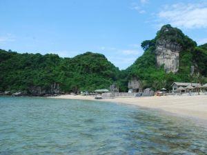 卡巴海灘度假酒店(Cat Ba Beach Resort)