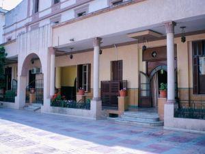 聖佐治突尼斯酒店(Hotel Saint Georges Tunis)