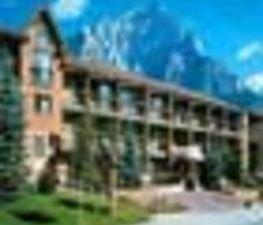 高地鄉間旅館(High Country Inn)