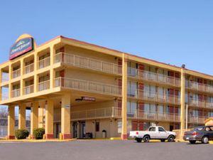 霍華德豪生市區/奧普里蘭德汽車旅館(Howard Johnson Downtown/Opryland)