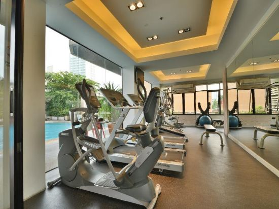 曼谷璀璨服務公寓酒店(Abloom Exclusive Serviced Apartment Bangkok)健身房