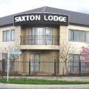 薩克斯頓小屋汽車旅館(Saxton Lodge Motel)