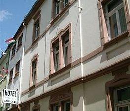 巴赫阿爾特斯塔德特酒店(Altstadthotel am Pach)