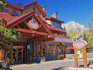 班夫雷鳥酒店(Banff Ptarmigan Inn)