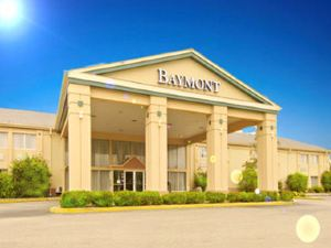 德梅因貝蒙特酒店及套房(Baymont Inn and Suites Des Moines)