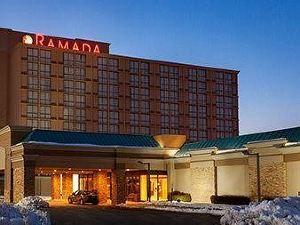 紐瓦克機場華美達廣場酒店(Ramada Plaza Hotel Newark Airport)