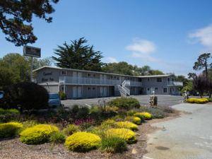 卡梅爾河旅館(Carmel River Inn)