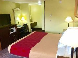 威拉米特河羅德威旅館(Rodeway Inn Willamette River)