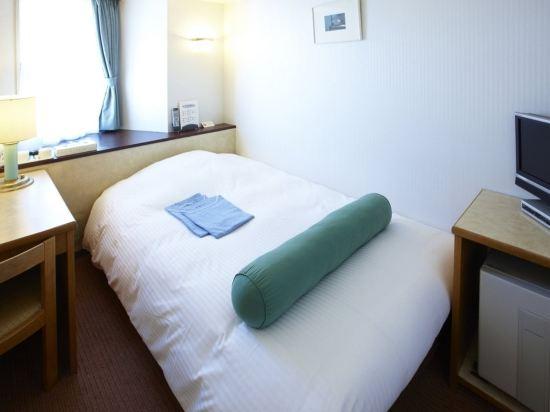 東京新宿新麗飯店(Hotel Sunlite Shinjuku Tokyo)小間大床房(副樓)