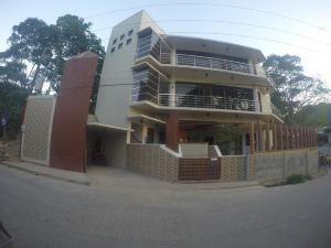 巴拉望茵戈旅游賓館(Inngo Tourist Inn Palawan)