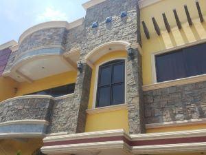科科莫斯套房酒店(Kokomos Suites Hotel)