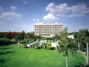 費特阿巴德阿格拉蓋特韋酒店(The Gateway Hotel Fatehabad Agra)