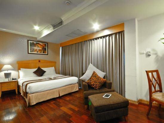 曼谷海軍上將套房酒店(Admiral Suites Bangkok)高級一室房