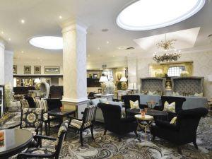 桑頓貝勒萊卡普洛提酒店(Protea Hotel Balalaika Sandton)